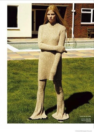 lara-stone-knitwear-looks04